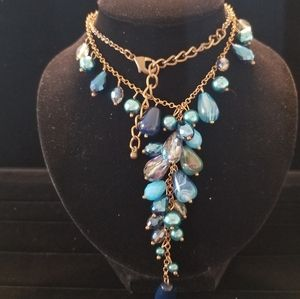 """Jewelry - 21"""" blue sparkly beaded necklace"""